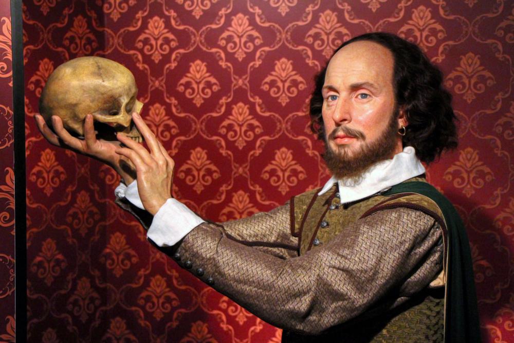 William,shakespeare,wax,figures,in,madame,tussauds,museum,in,berlin,