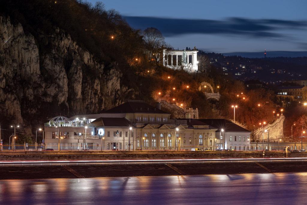 Rudas Furdo Budapest Utazas Shutterstock