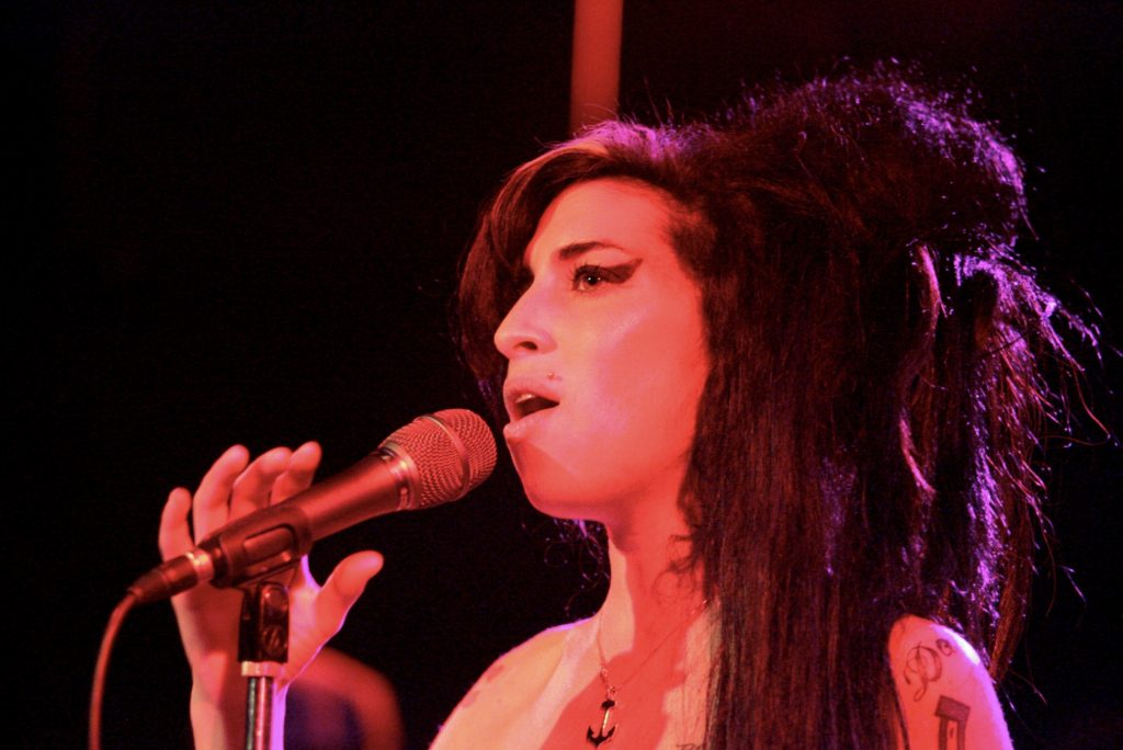 Amy Winehouse Performs In Hollywood