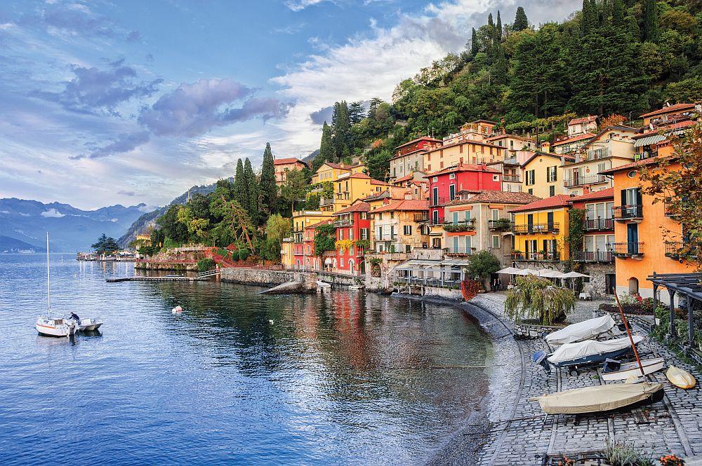 Town,of,menaggio,on,lake,como,,milan,,italy