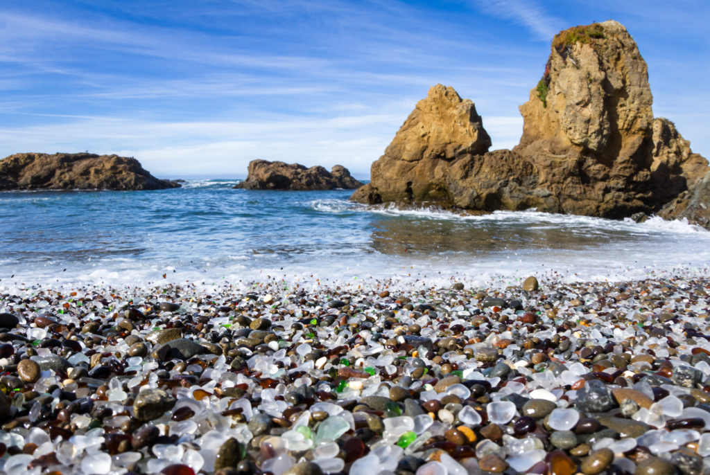 Colorful,glass,pebbles,blanket,this,beach,in,fort,bragg,,the