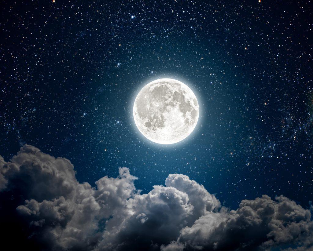 hold ezotéria