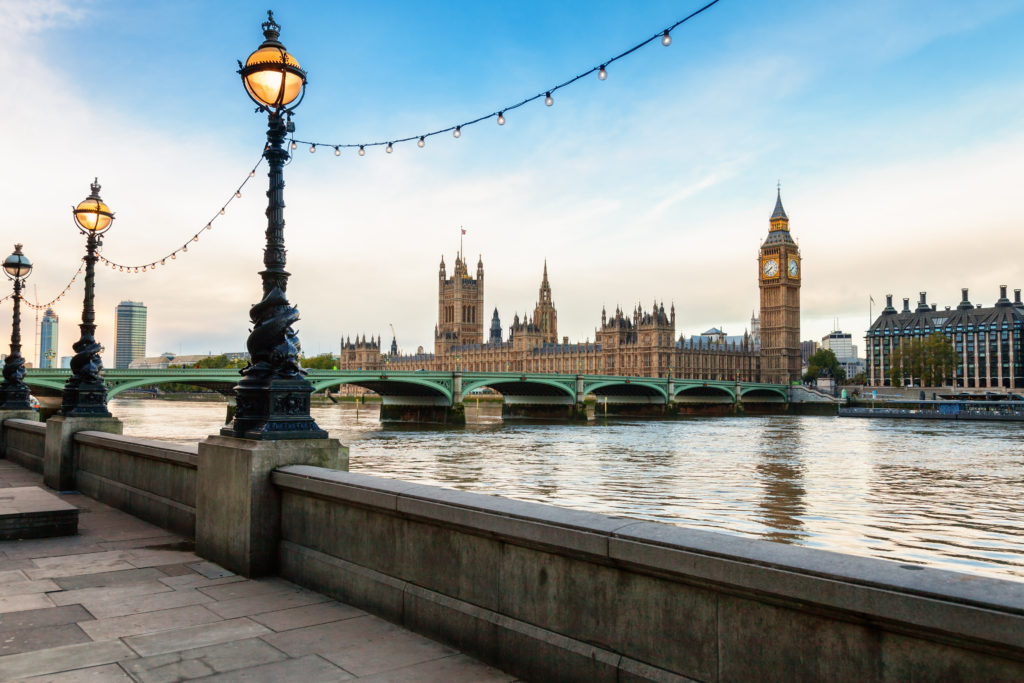 London,cityscape,with,dolphin,lamp,posts,on,the,queens,walk