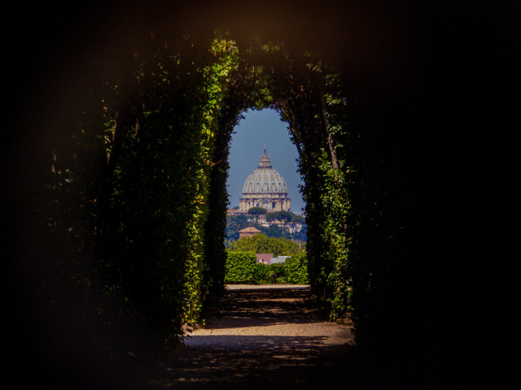 St.,peter's,basilica,as,seen,from,the,keyhole,on,the