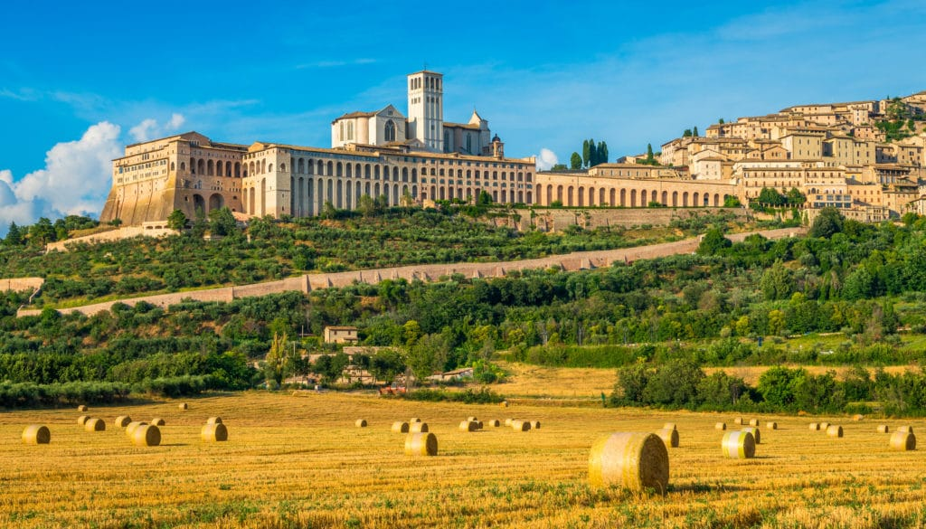 Panoramic,view,of,the,saint,francis,basilica,in,assisi,,in