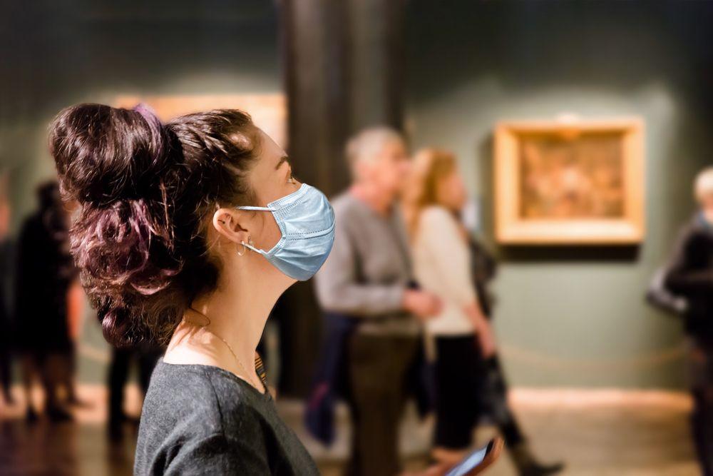 A COVID-19 miatt visszaesett a látogatók száma a múzeumokban.