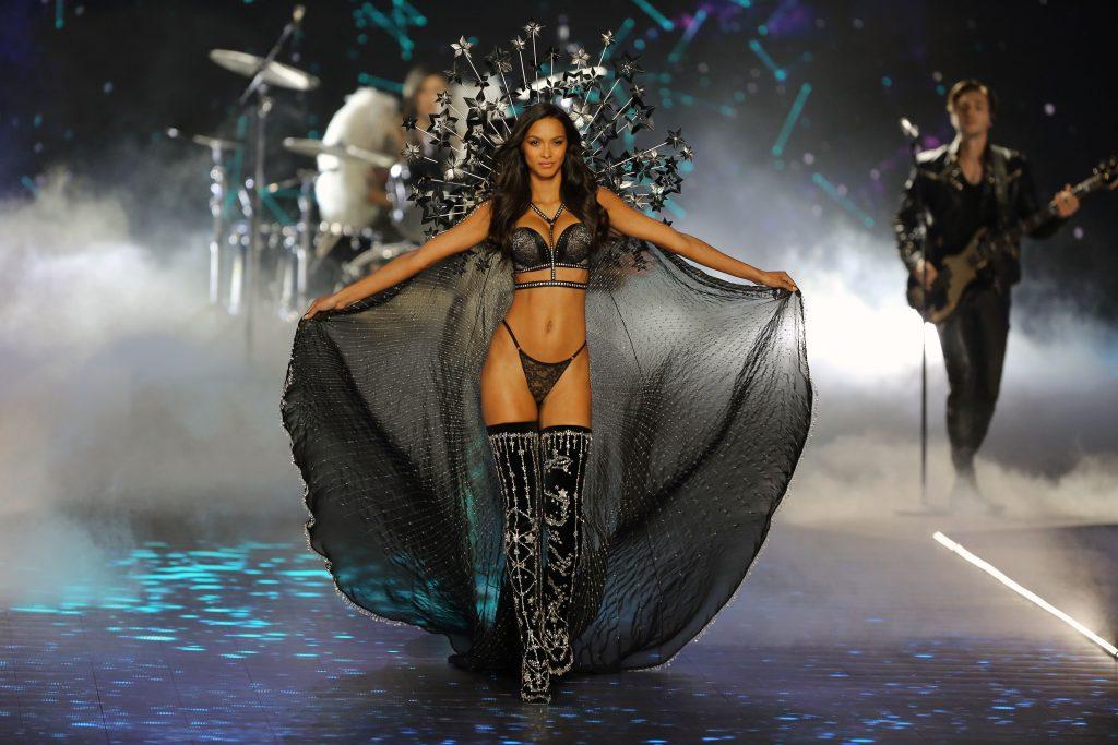 Victoria's Secret Runway Fashion Show 2018